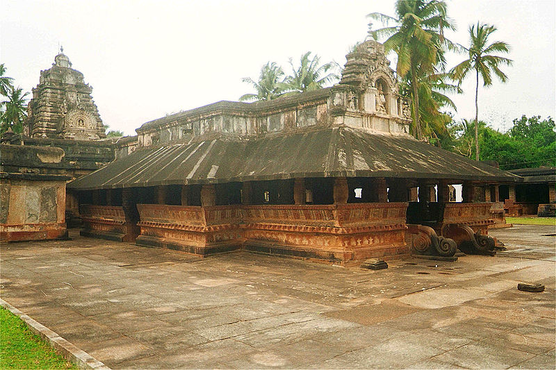 800px-Madhukeshwara_Temple.JPG