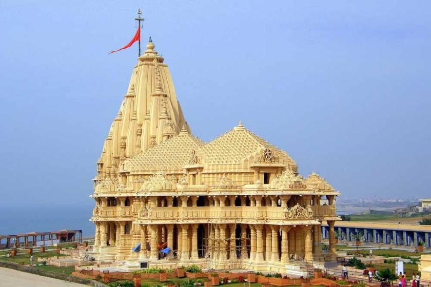 gujarat-dwarakadhish-temple-fi
