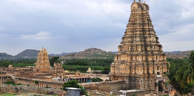 Virupaksha-Temple-1010136.jpg